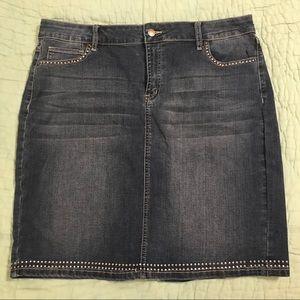 Denim skirt with studded detail sz 14